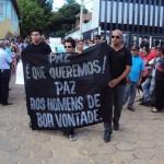 Mantenópolis: Choro e revolta durante funeral e enterro do taxista