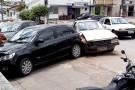 Pampa bate em Gol estacionado no centro de Ecoporanga